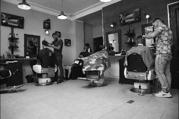 Barber King Barberking salon de coiffure paris pour homme barbier coiffeur fashion style